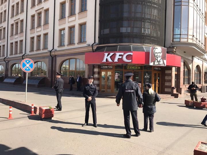 Государственная дума позволила приходить сизображением русского герба наконцерты