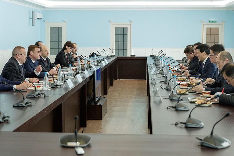 Губернатор Тульской области встретился сЧрезвычайным иПолномочным Послом Китайская народная республика вРФ